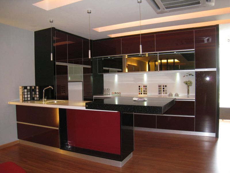 Modern kitchen cabinets supplier puchong kl selangor for Modern kitchen cupboards