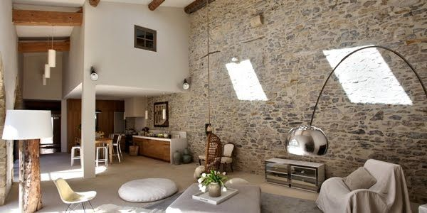 dans le gard marie laure helmkampf une architecte d 39 int rieur revenue de new york s 39 prend d. Black Bedroom Furniture Sets. Home Design Ideas