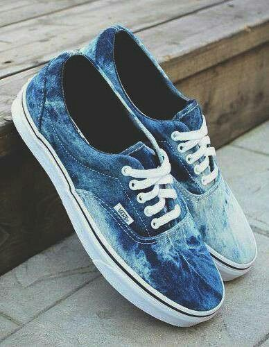 f069df9df2 Blue and white tie dye VANS