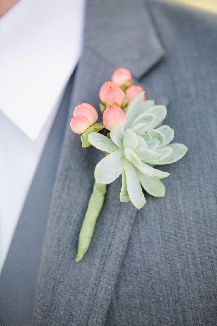 eyepopping succulent wedding ideas diy flowers boutonnieres