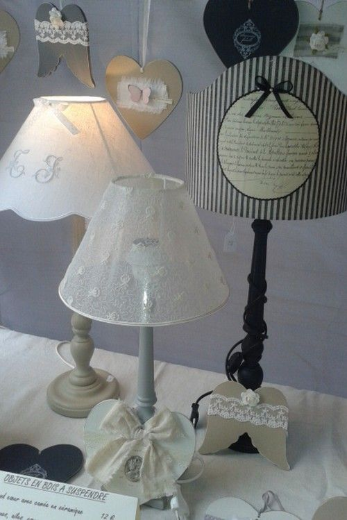 blog et boutique en ligne cr ation d 39 abat jours lampes brocante d coration cartonnage. Black Bedroom Furniture Sets. Home Design Ideas