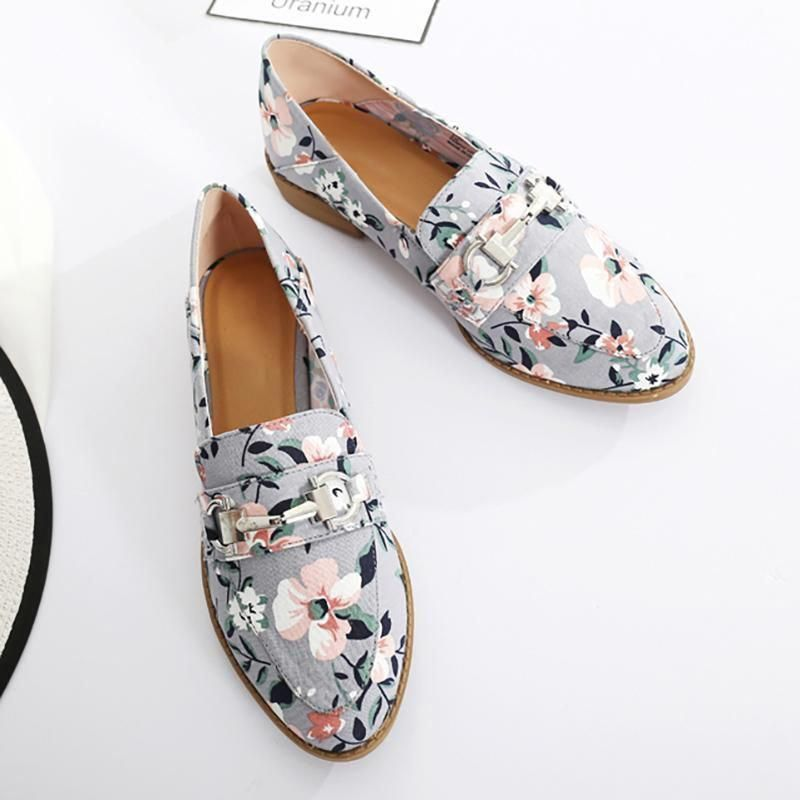 233c3100dc45 Low Heel Canvas Flats Floral Print Slip On Loafers – fashionnana #Promshoes