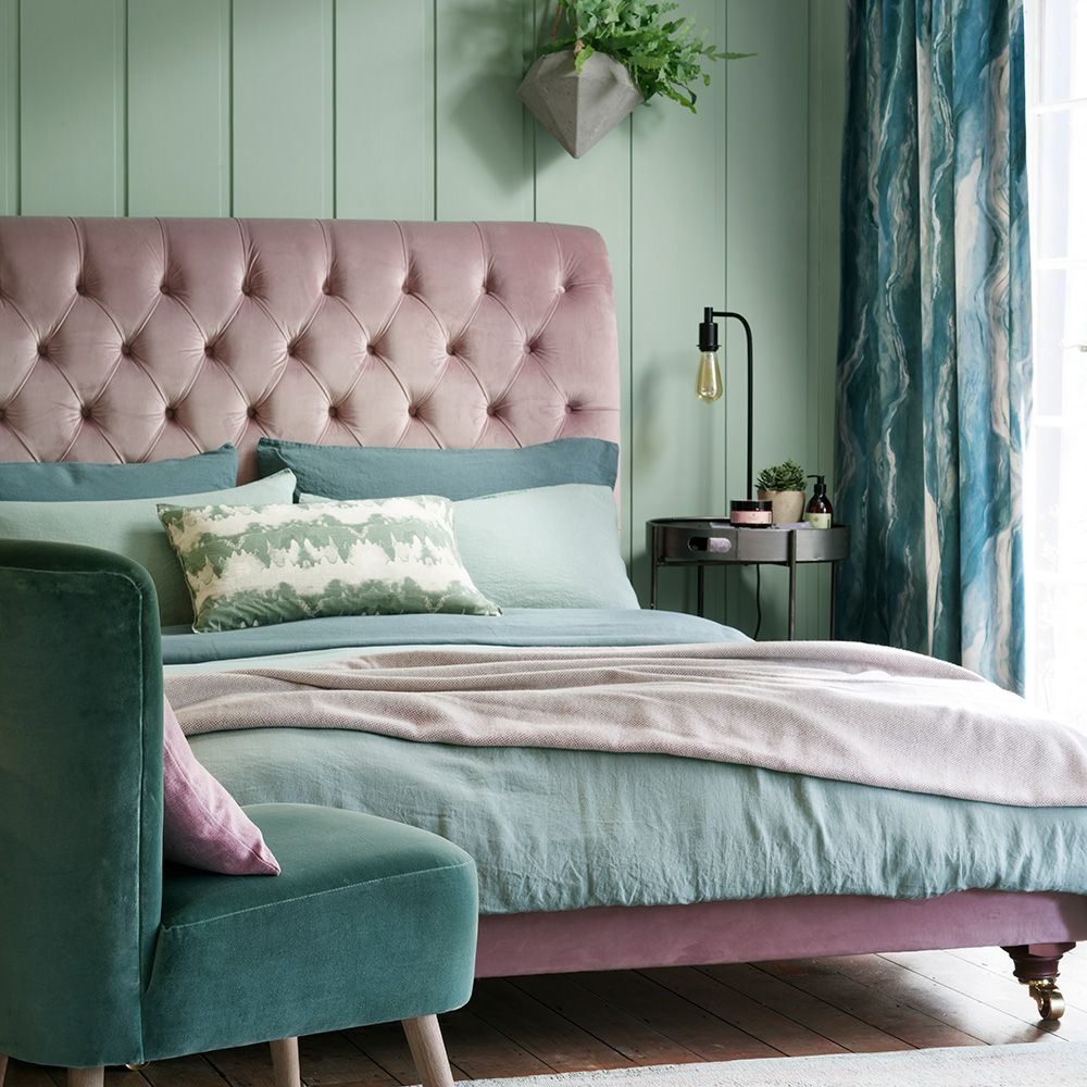 fetching image of bedroom decoration using sage green | Green bedroom decorating ideas for a mellow space | Green ...