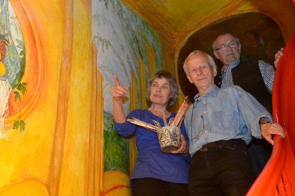 Helma Lichtinger : Malerei , David Marks : Ehemann ,und Hans Vicari  Fotos: Ulli Scharrer