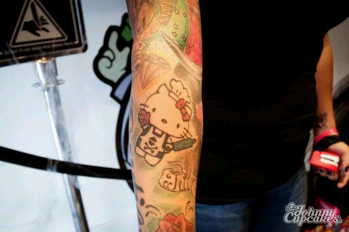 Hello Kitty tat
