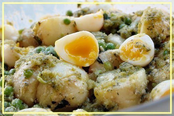 Ensalada de patatitas nuevas y guisantes.