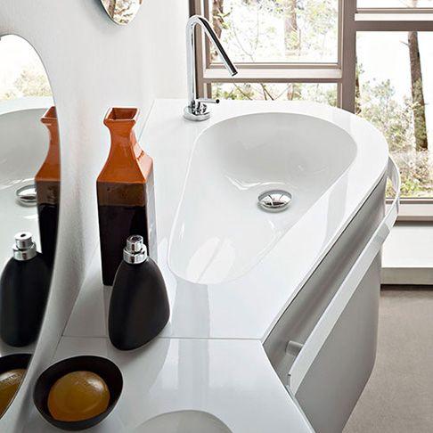 Arredamento per bagni piccoli mobili bagno salva spazio espacio ba o pinterest ba o y for Mobili bagno piccoli