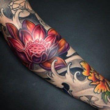 Hermosos Disenos De Tatuajes De Flores Japonesas Diseno De Tatuaje De Loto Tatuajes De Moda Tatuajes Japoneses