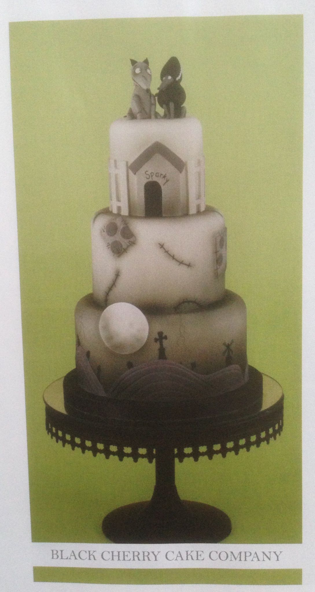 and spooky wedding cake by Black Cherry Cake