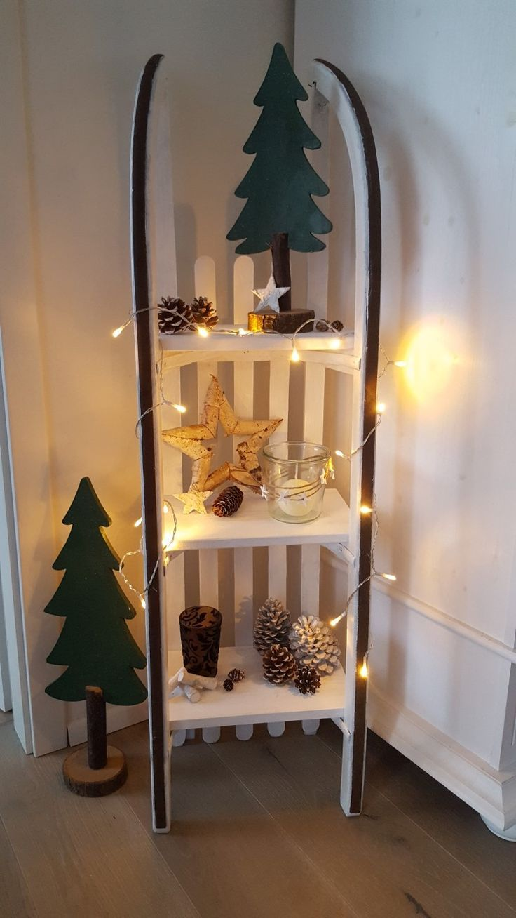 Schlittenregal Weihnachten - Einrichtungsideen #holzdekoration