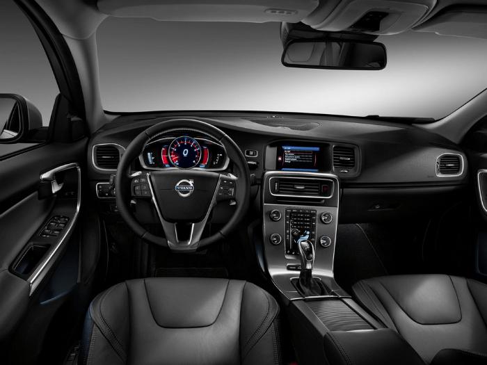 2017 Volvo S60 T5 Interior