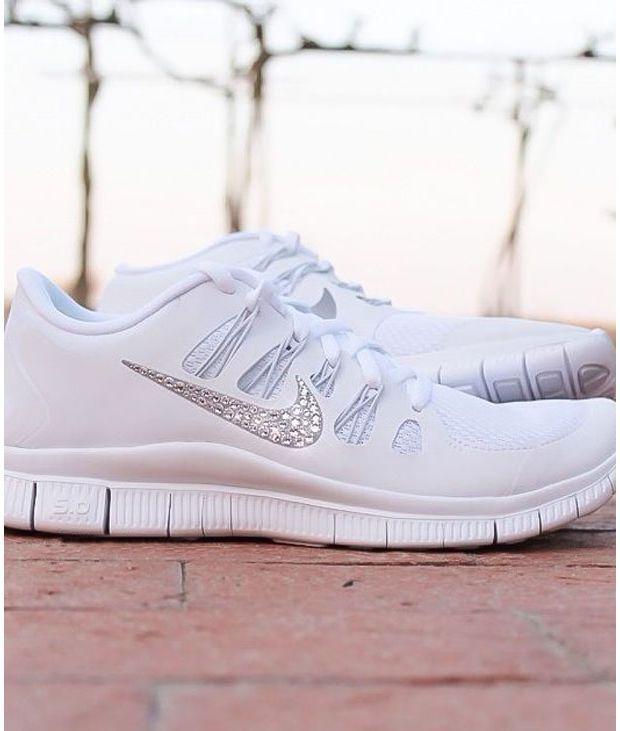 All white Freerun Nike + glitter swoosh  f91247380a87