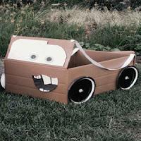 اشغال اعمال فنية يدوية بالكرتون اعمال اعادة تدوير سهله للاطفال حديثة بالخطوات بالصور Hand Craft Wooden Toy Car Toy Car Wooden Toys