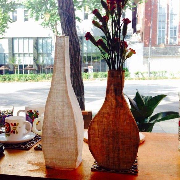 韓国伝統の織物、モシで作った花瓶
