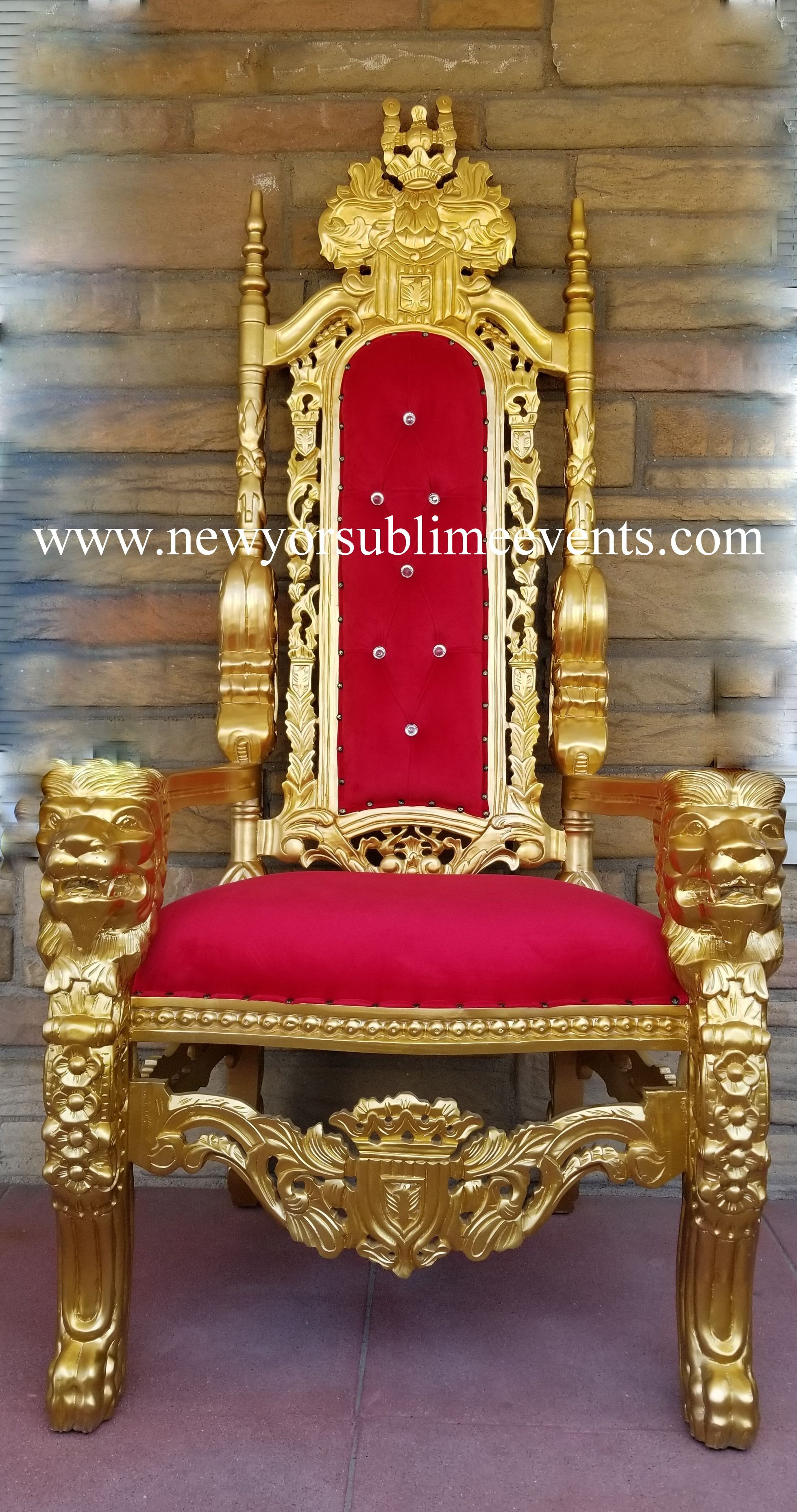 Feel Like Royalty On Your Big Day With Our Throne Chairs