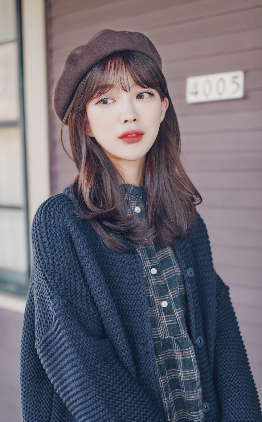 #koreanfashion #pinkage #KoreanFashionTrends | Medium hair styles, Wig styles, Medium hair ...
