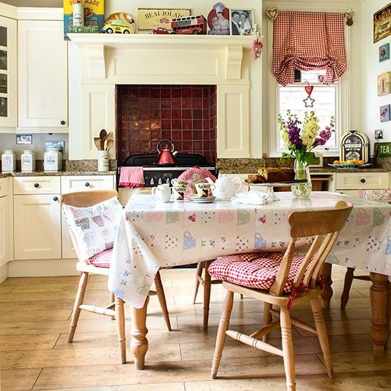 Family Kitchen Design Ideas  Vintage Country Family Kitchen And Amazing Dining Room With Kitchen Designs 2018