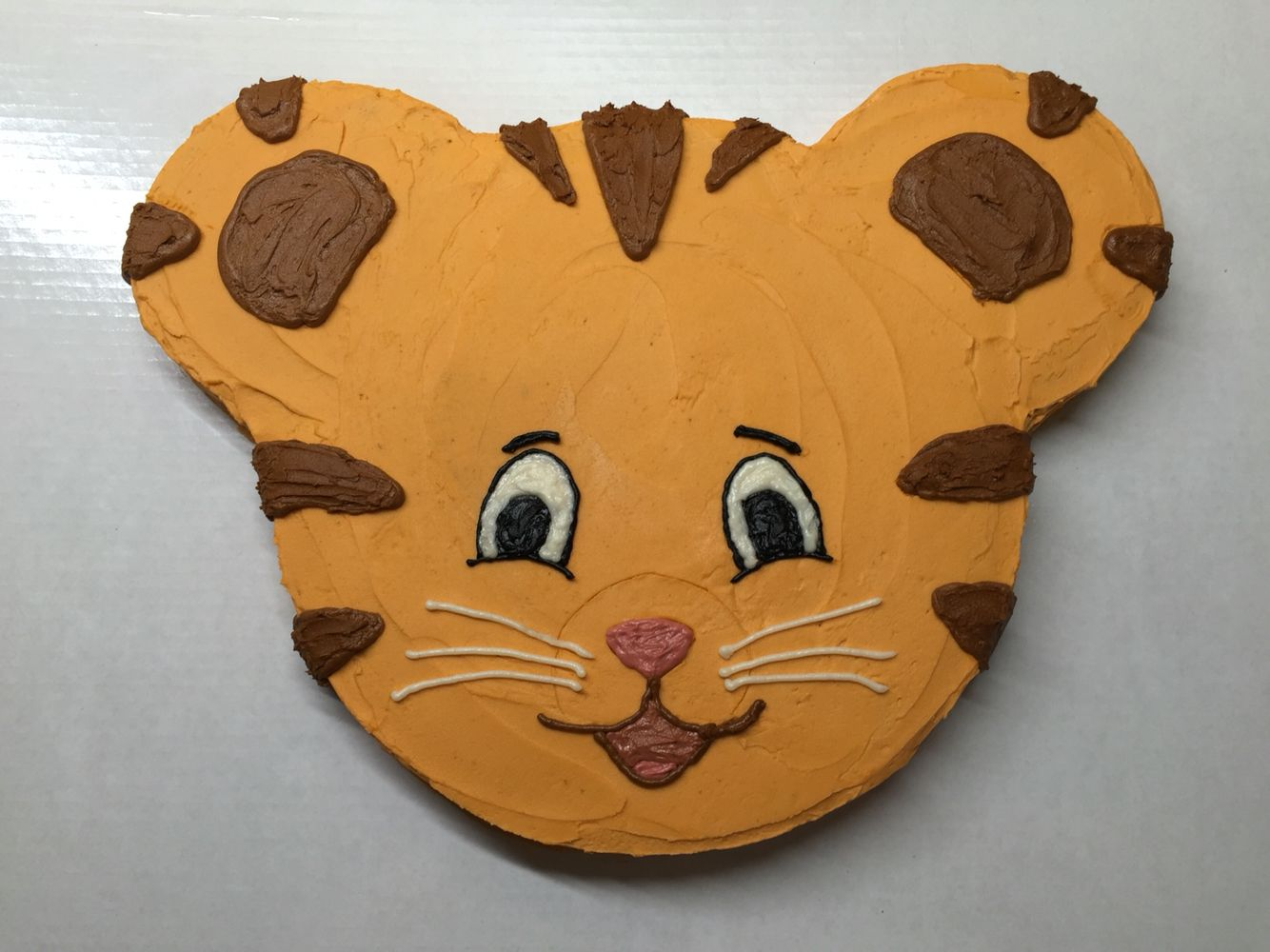 Daniel Tiger Face Cake 12 Quot Round For The Head And Two 6