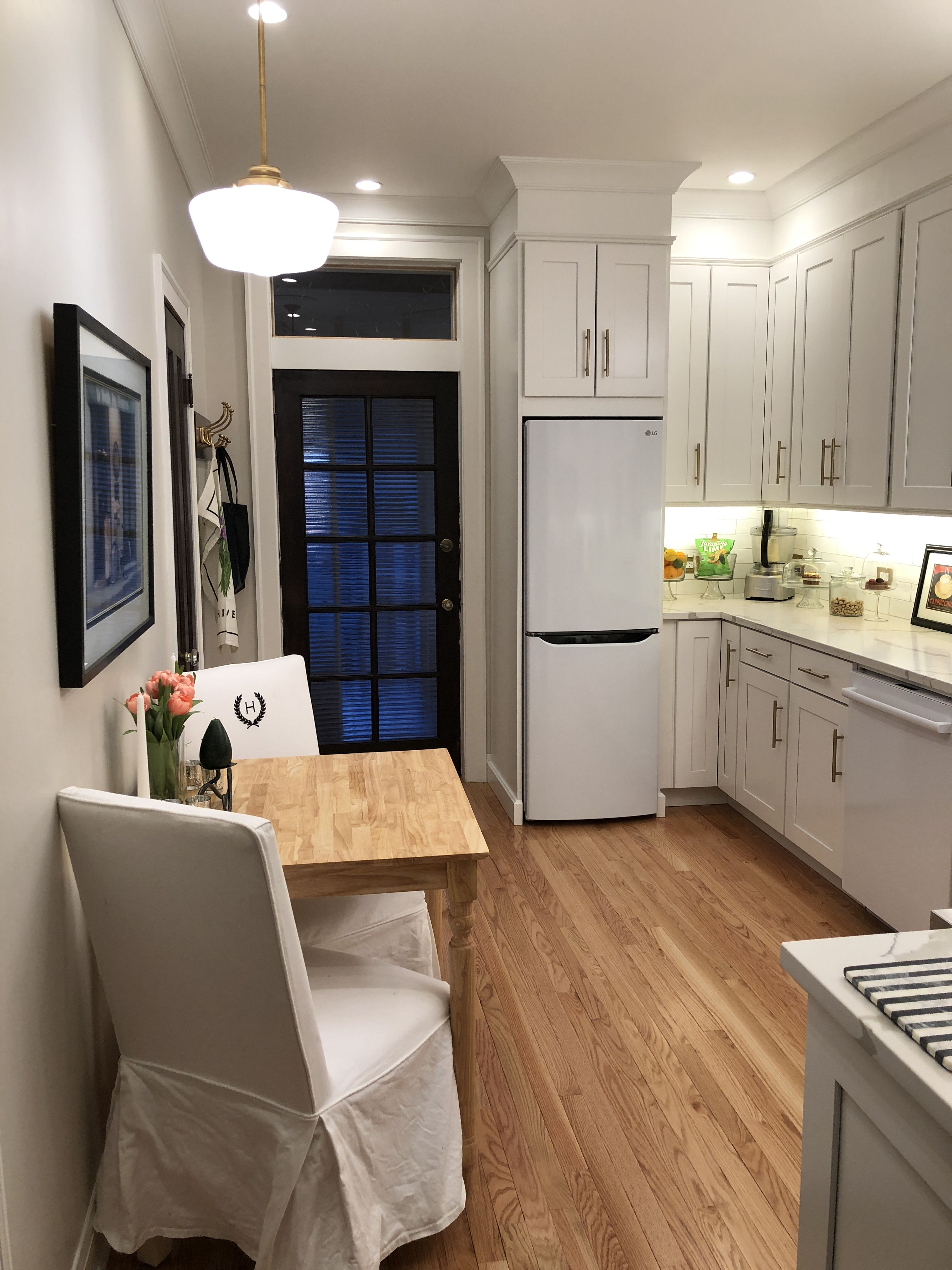 My Bungalow Kitchen 10 Wide X 15 Long And 9 Ceilings Is The Square Footage Bungalow Kitchen Kitchen Design New Kitchen