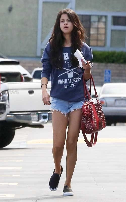 Selena Gomez Style Pesquisa Google Selena Pinterest Selena Gomez Selena And Selena