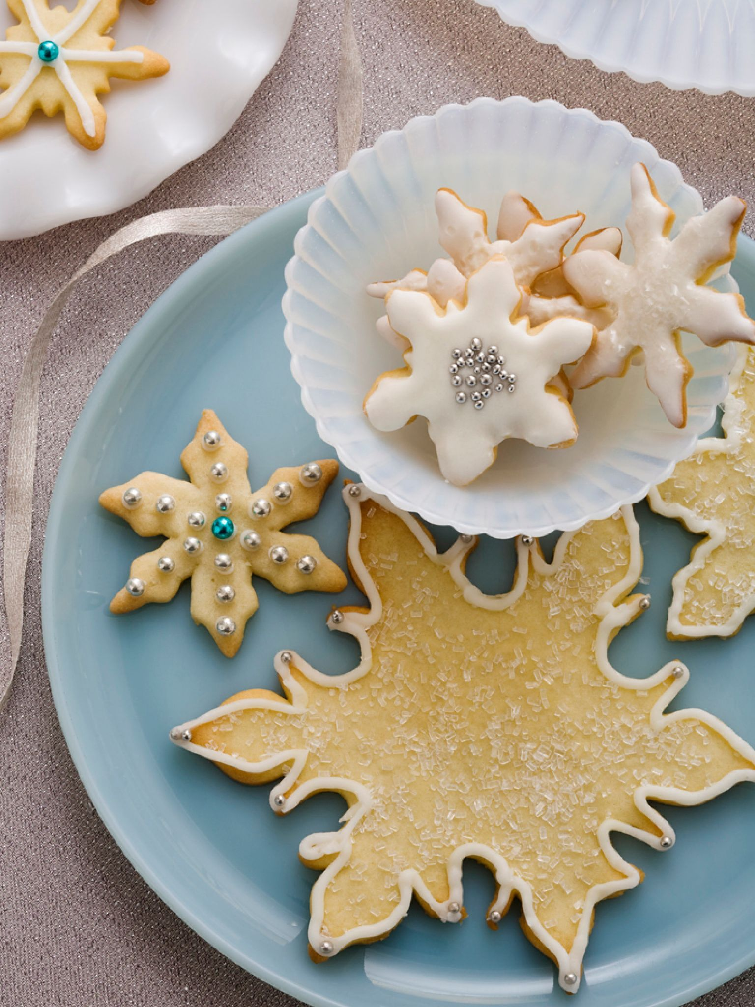 Snowflake Cookies Recipe Easy sugar cookies, Cookie