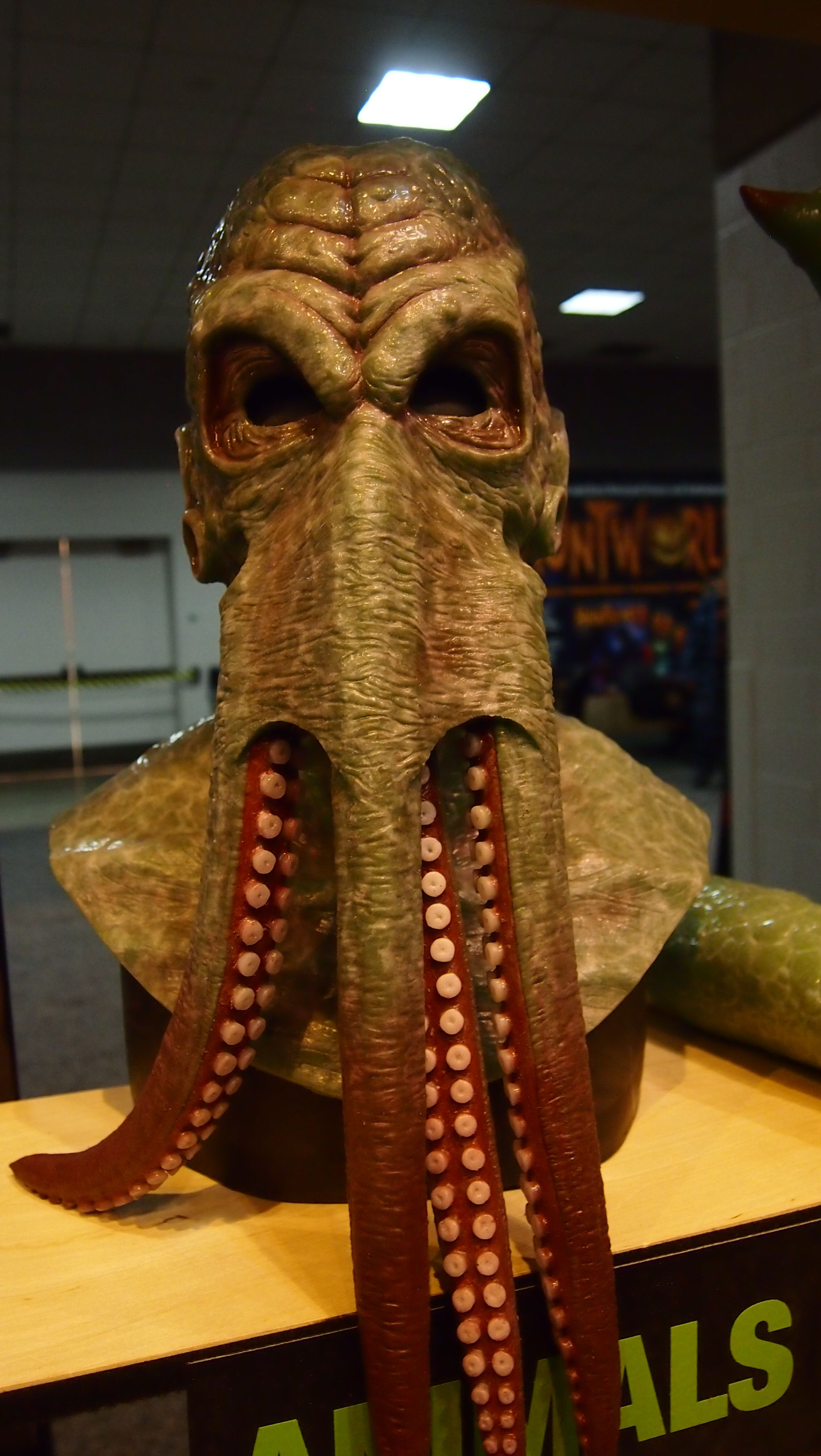 Steampunk silicone mask from Shattered FX at the St. Louis ...