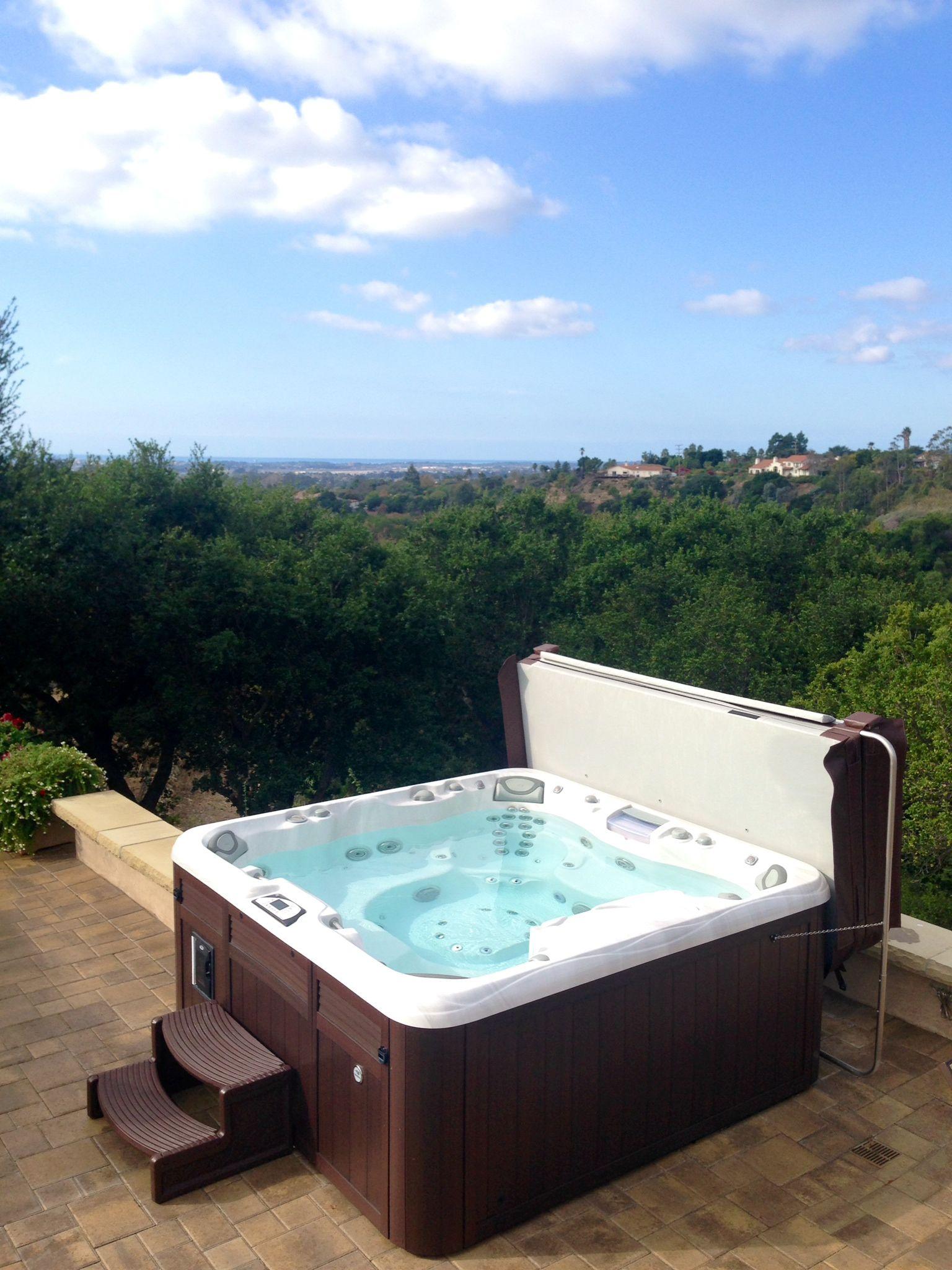 Sundance Spa Overlooking Santa Barbara Www Gordonandgrant Spas Jacuzzi Hot