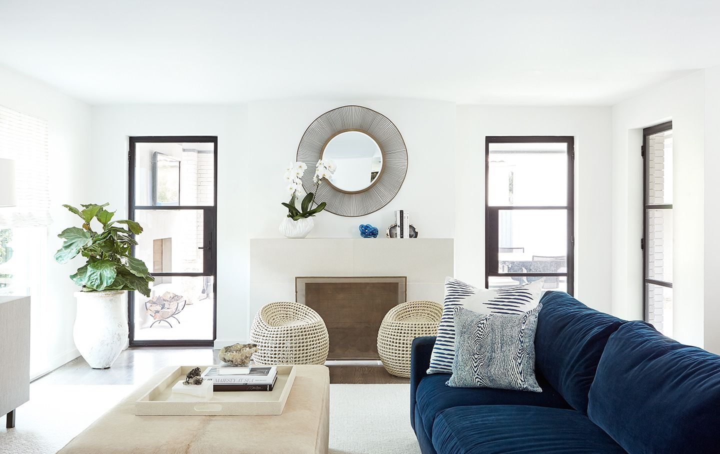 Best Tribe Design Group Used Benjamin Moore Super White In This 400 x 300