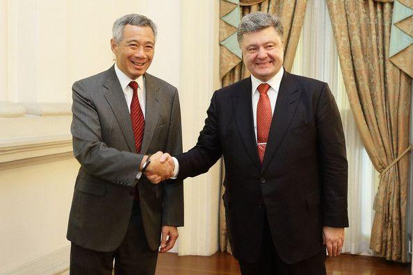 Lee Hsien Loong Photos Photos: Petro Poroshenko Visits