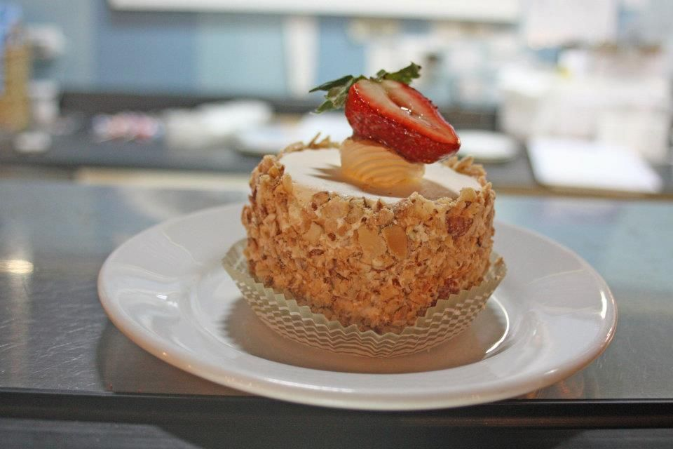 Amalies French Bakery