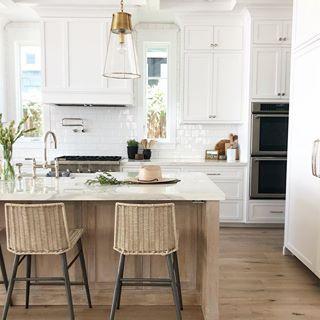 white wood kitchen k i t c h e n