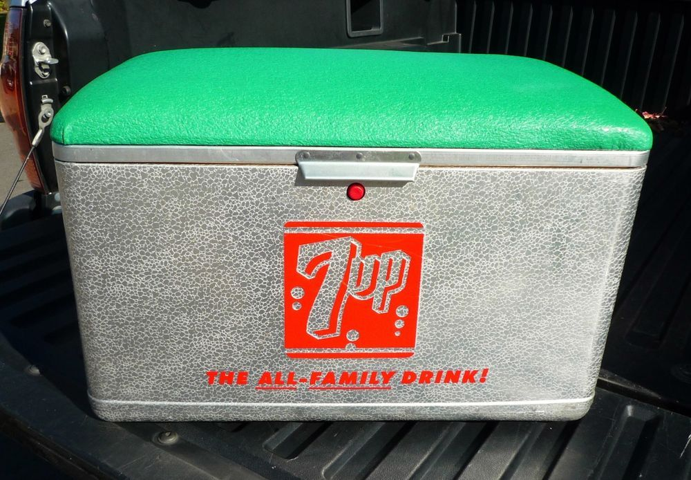 Seven Up 7 Picnic Cooler Ice Chest