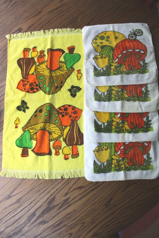 Retro Mushroom Kitchen Terry Cloth Towel Dish Cloth Set 4 Wash Cloths 1 Dish Towel Orange Green Colorful Mushrooms Mushroom Decor Vintage Kitchen Decor Stuffed Mushrooms
