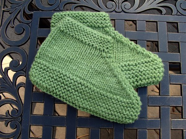 Family Footwarmer Slippers By Anne Baron Free Pattern On Ravelry