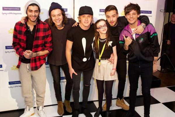The boys meeting children at Rays of Sunshine in london