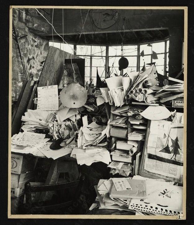 Alexander Calder - Studio