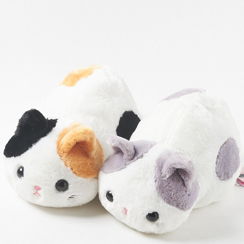 These great large plush kitties are the latest from the Tuchineko collection of super-cute plush cats. Coming in two varieties, both adorable kittens have been lovingly created with lovely bright, fluffy fur that you'll just love to cuddle! There's Mike - a white cat with orange and black patches, and then there's Hachiware - also a white cat but with gray patches! No matter which little guy you c...