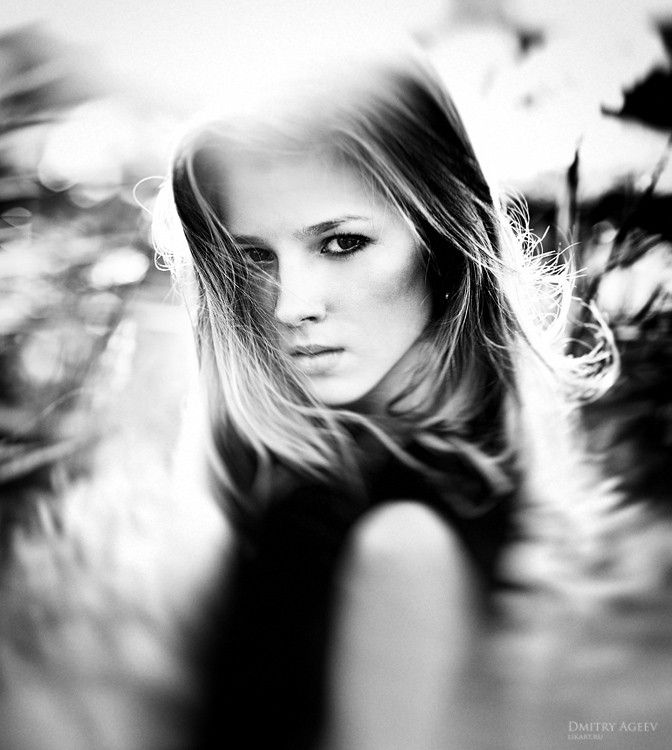 Blurred effect adding interest and accentuating model's face