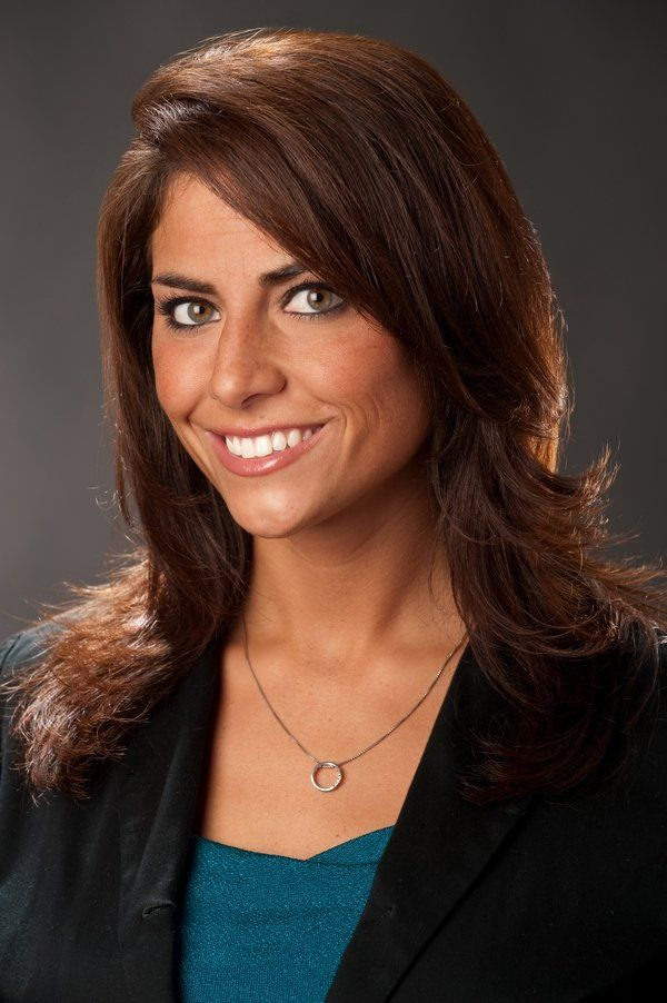 Jenny Dell-new Red Sox Field reporter