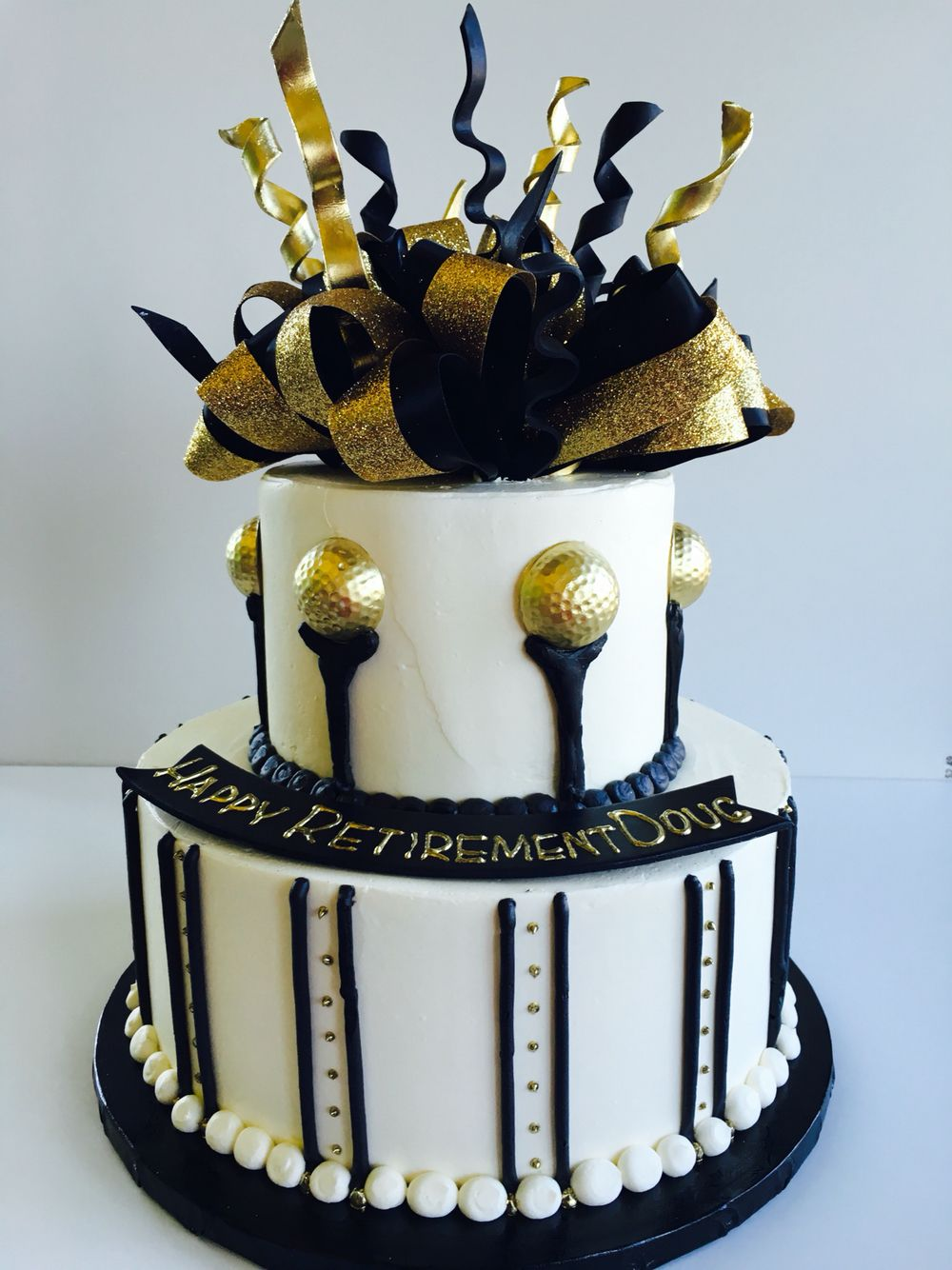 Golf Retirement Cake Black White And Gold Color Scheme Gold Birthday Cake Retirement Cakes Gold Birthday