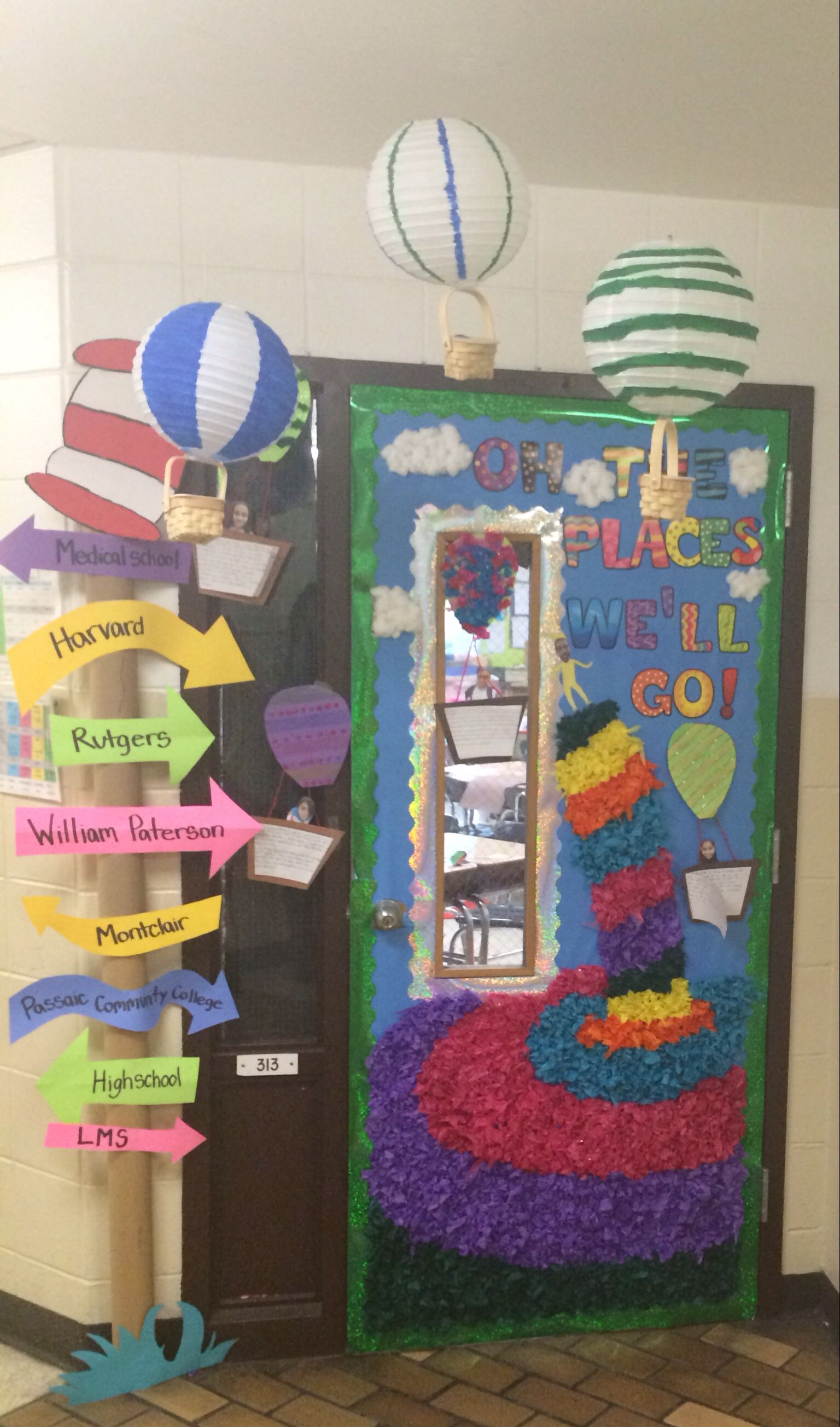 Classroom Ideas To Go : Dr seuss door oh the places you quot ll go read across