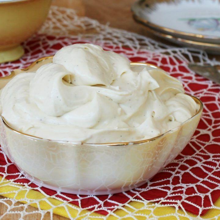Ricetta Crema Italiana.Crema Chantilly All Italiana Anche Conosciuta Come Crema Diplomatica Ricetta Originale Ricette Dolci Ricette Di Cucina