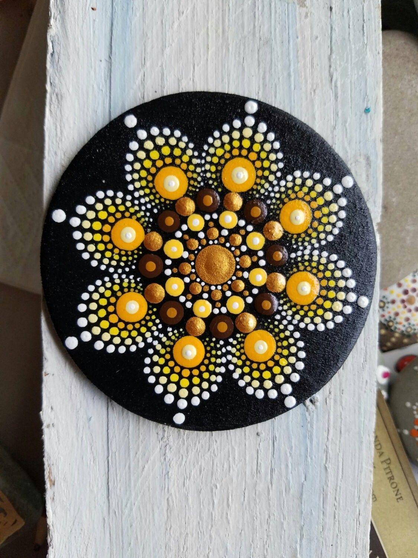 Pasos Para Dibujar Mandala Con Puntillismo Dotdayartprojects Sancak Piedras Mandalas Como Pintar Mandalas Rocas Pintadas Con Mandalas
