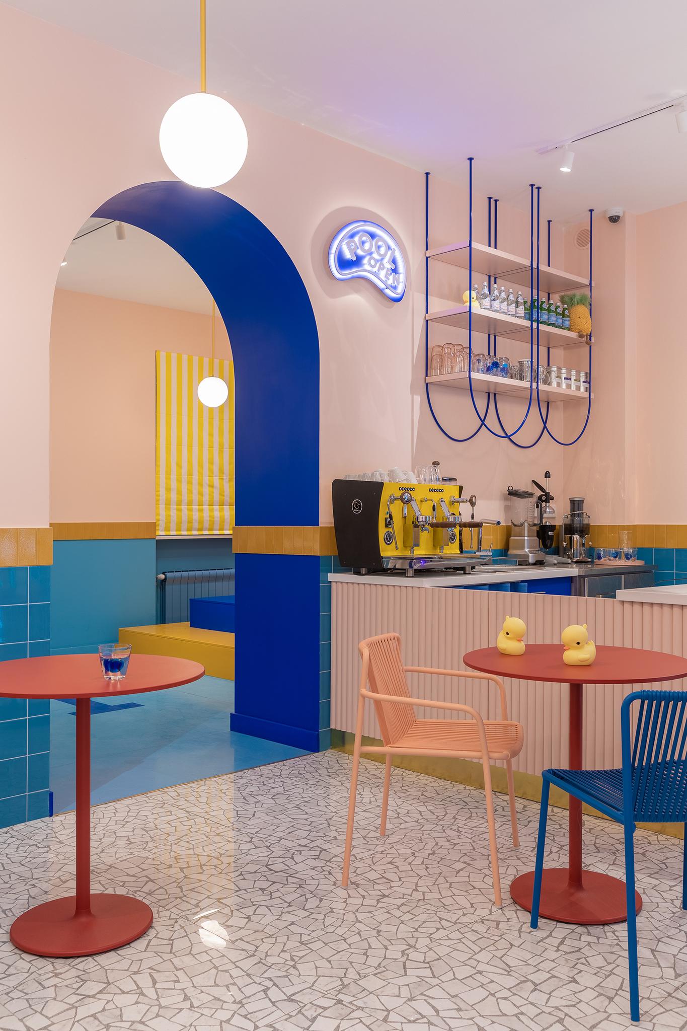 DYKE & DEAN | COLOURFUL CAFÉ