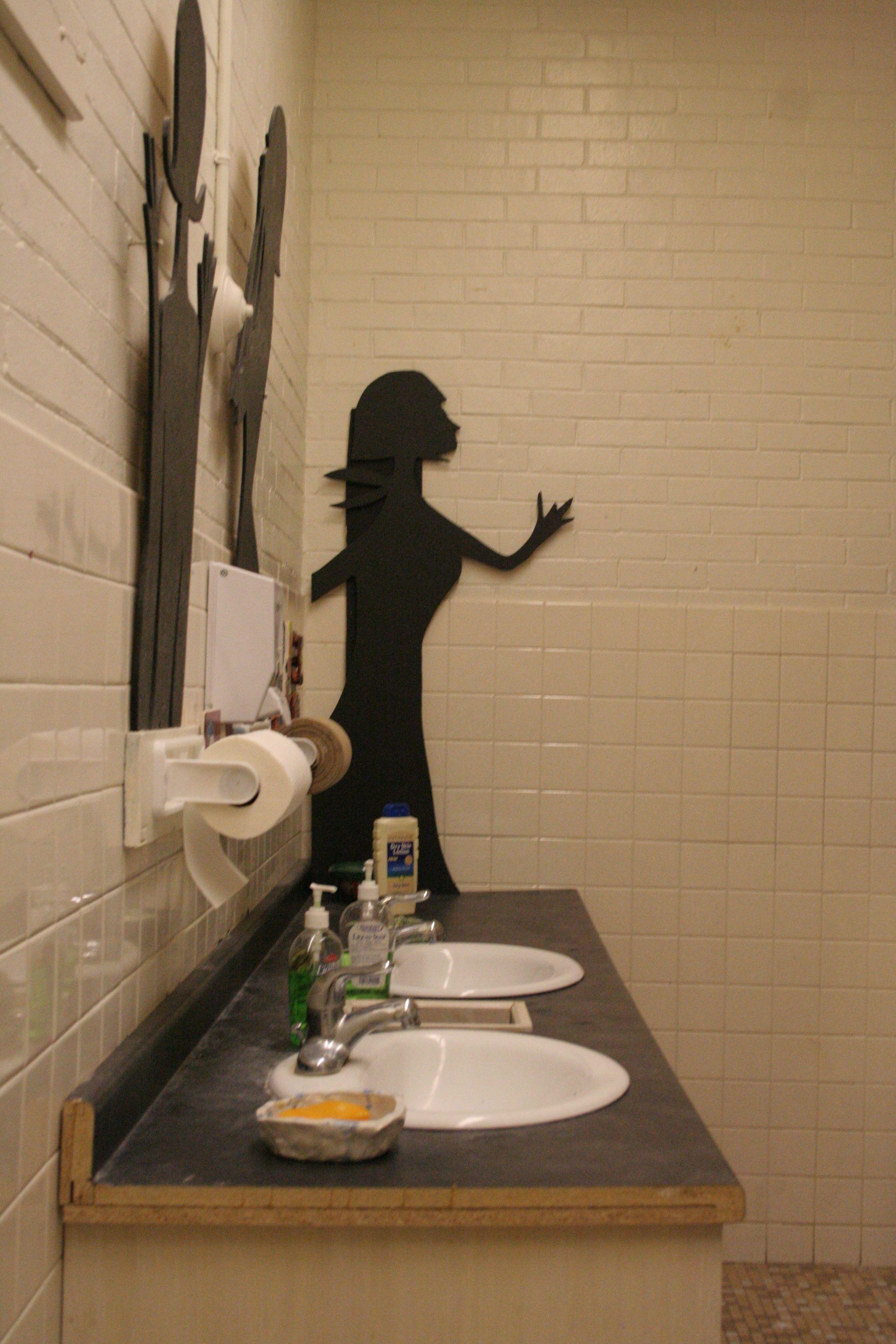 bath room art