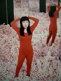 Yayoi Kusama - Google-Suche