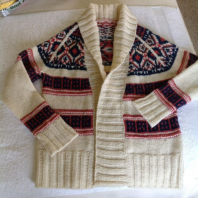 Ravelry: Project Gallery for True North pattern by Amy Swenson
