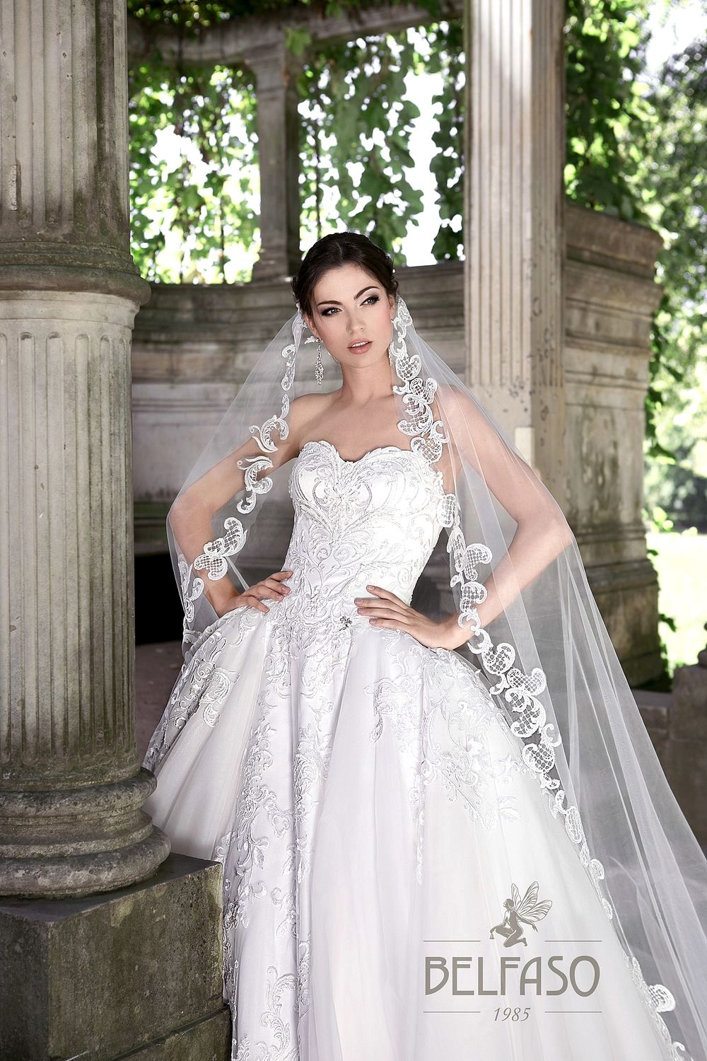 Dresses For 20 Year Old Wedding Guest   Stunning wedding dresses ...