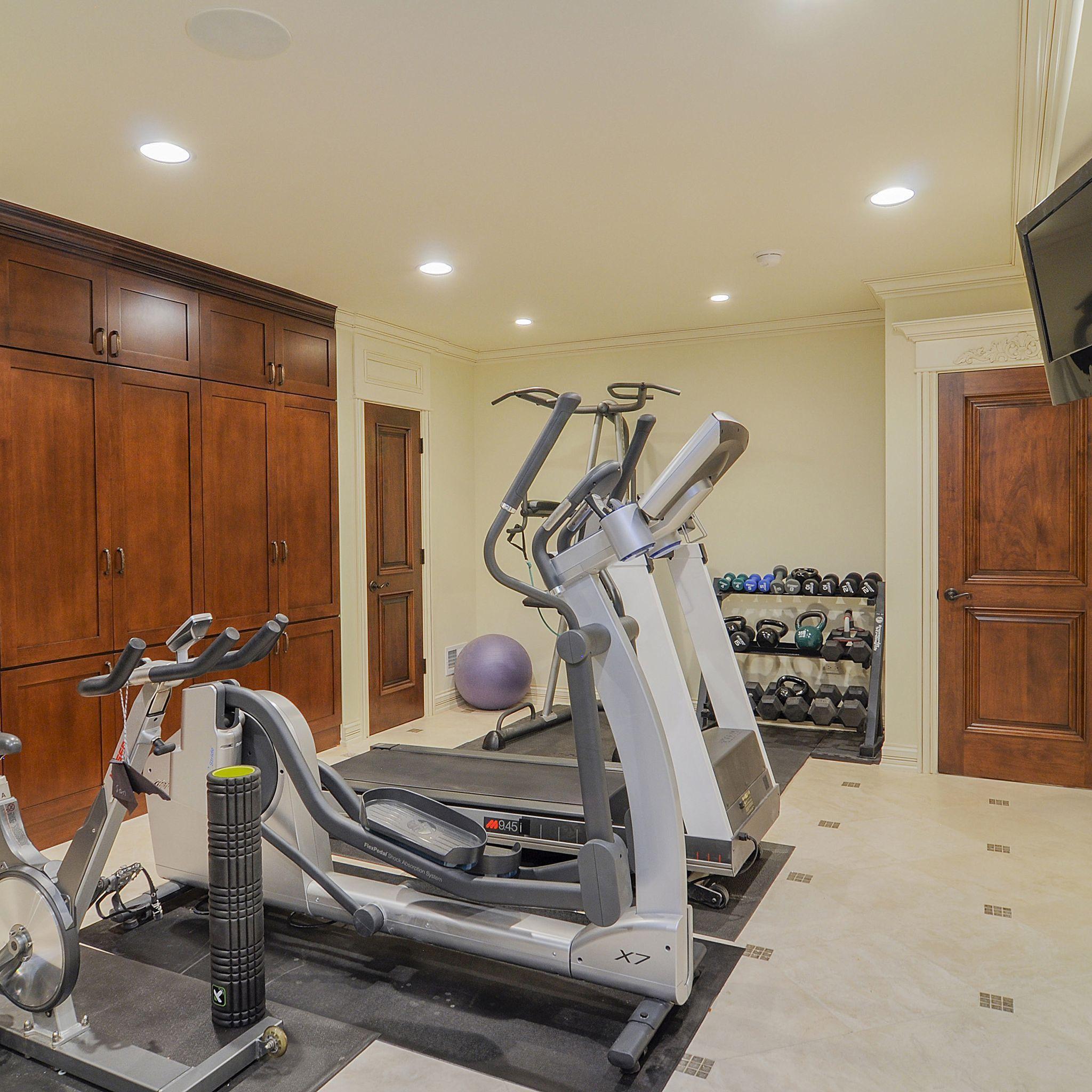 I Wish I Had A Home Gym Like This One Sebringservices Home Gym Design Basement Gym Gym Decor