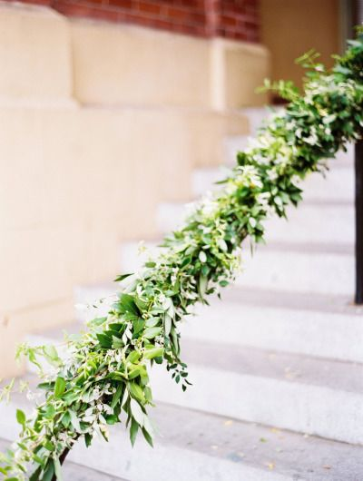 Garland wrapped railing: http://www.stylemepretty.com/living/2014/10/03/ladies-brunch/ | Photography: Jessica Burke - http://www.jessicaburke.com/